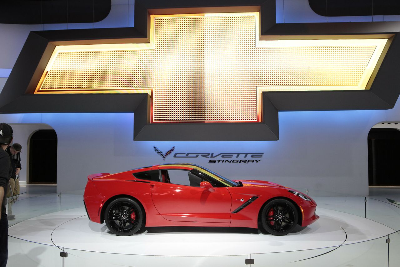 2014 Chevy Corvette Stingray (photo by Michael Anthony for autoshowglobal.com)