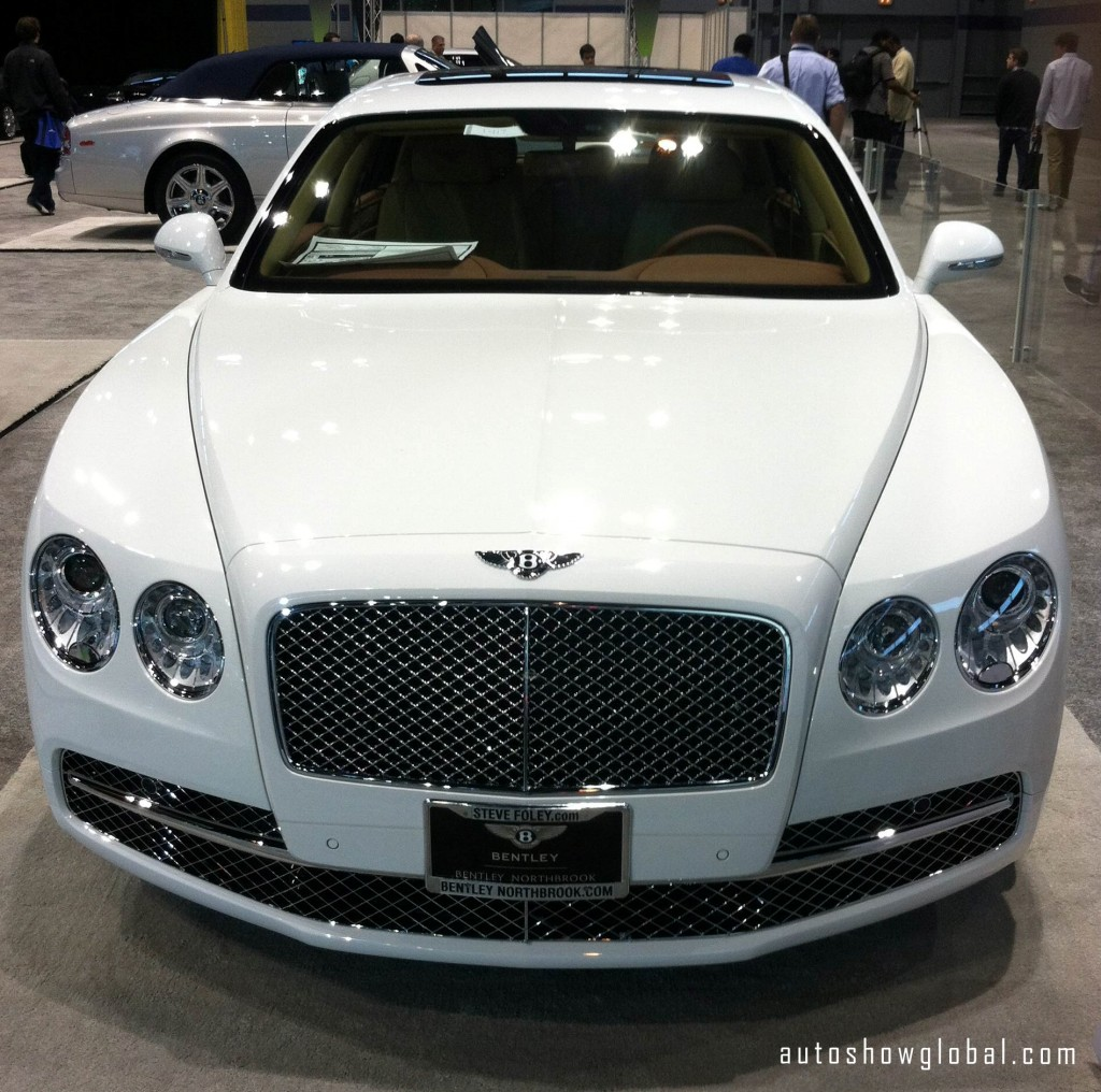 Bentley-at-the-Chicago-Auto-Show-Preview.-Photo-by-Deon-Pointer-for-autoshowglobal.com